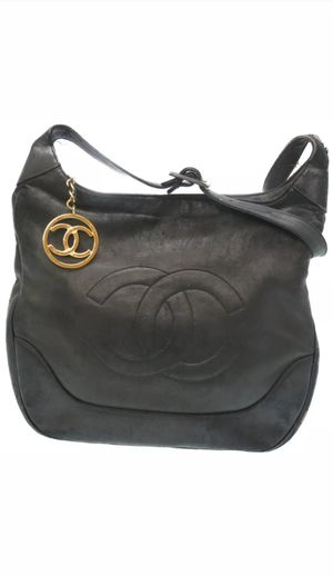 Authentic CHANEL Leather Shoulder Bag CC Mark Black color U1291IEZ5 for Sale in Brooklyn, NY
