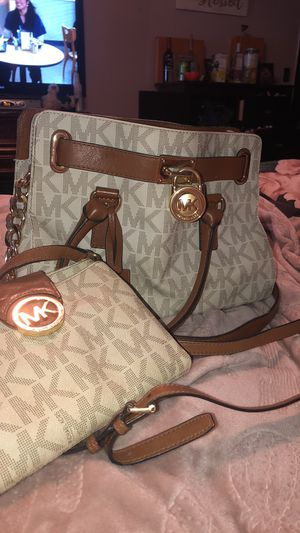 Michael kors bundle for Sale in Canonsburg, PA
