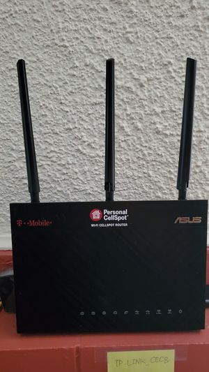 Asus tm-ac1900 wifi router for Sale in Los Angeles, CA