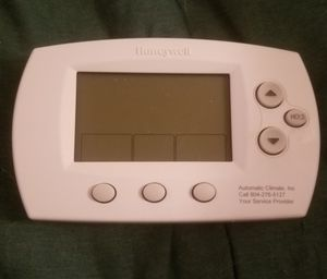 Honeywell programmable thermostat for Sale in Richmond, VA