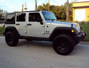 BEAUTIFUL.SHAPE Pricee$1,400Selling myLOVE 2007 Jeep Wrangler PRICE$1,400 Needs.Nothing4FWDWheelssOne for Sale in Santa Ana, CA