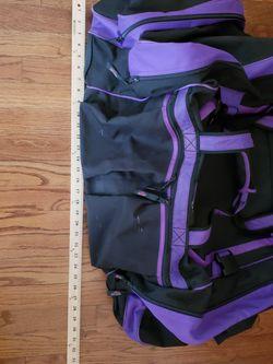 High Sierra Large Duffle Bag for Sale in Everett,  WA