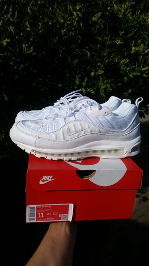 New Nike Air Max 98 men size 11 White for Sale in Metairie, LA