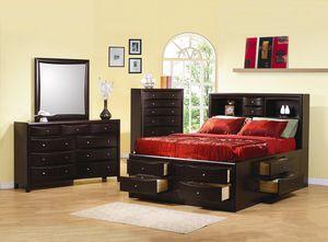 5-piece Heavy, Genuine Wood Queen Bedroom Set w/mattress for Sale in Atlanta, GA