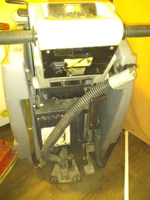 Nobles SS-27 Floor Scrubber for Sale in Portland, OR