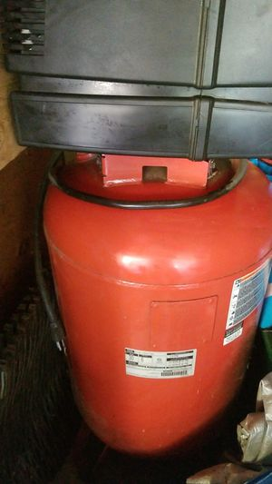 Craftsman 30 gal air compressor 6hp for Sale in Kirkland, WA