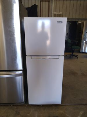 Frig with 90 day warranty for Sale in Hesperia, CA