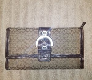 Coach Wallet & Checkbook - Genuine Leather for Sale in Maricopa, AZ