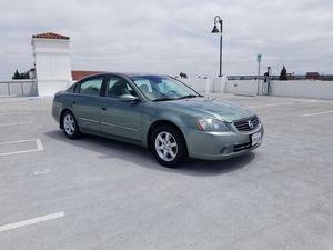 2005 Nissan Altima 4 cylinder for Sale in Lynwood, CA