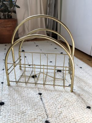 Vintage MCM magazine rack! for Sale in Chicago, IL