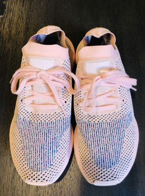 Adidas Originals Swift Run Primeknit (9) for Sale in Las Vegas, NV