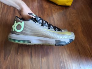 Nike Kevin Durant KD VI Basketball Shoes Sneakers for Sale in Newton, MA