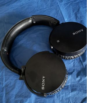 New Sony Bluetooth Wireless Headphones, Extra Bass, Microphone for Sale in Richardson, TX
