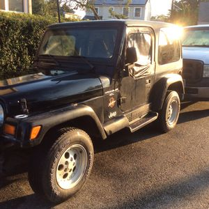 2 -1998 project Jeep Wrangler 4 cylinder needs driver side floor repair and brake line the 6 cylinder Sahara needs frame otherwise not in bad shape for Sale in Woodbridge Township, NJ