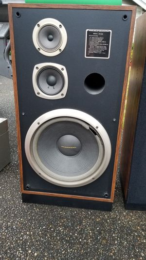 MARANTZ speakers. for Sale in Puyallup, WA