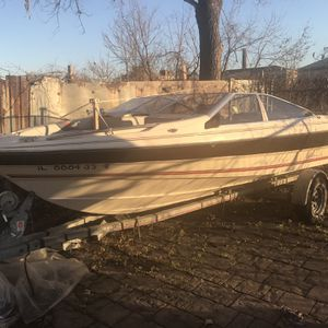 1986 Bayliner Capri and Trailer for Sale in Dixmoor, IL