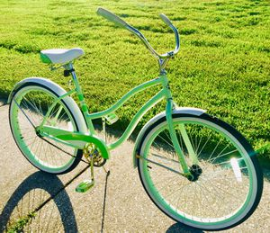 """Ladies 26"""" Pastel Green Beach Cruiser Bicycle 🧚🏽♂️Details in the Ad for Sale in Orlando, FL"""