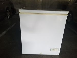 5.0 Cu. Ft. Chest Freezer for Sale in Los Angeles, CA