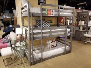 Triple Bunkbed for your kids 🎈🎈🎈 for Sale in Fresno, CA