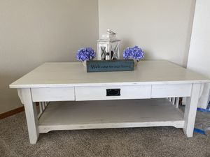 Custom finished coffee table for Sale in Orting, WA