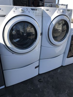 Whirlpool washer and dryer frontload with pedestals for Sale in La Habra, CA