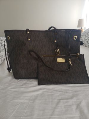 Micheal Kors for Sale in Clermont, FL