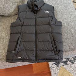 North Face Women's Medium Vest for Sale in Los Altos Hills,  CA