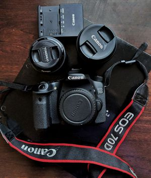 Canon EOS 70D with 2 lenses and bag for Sale in Austin, TX