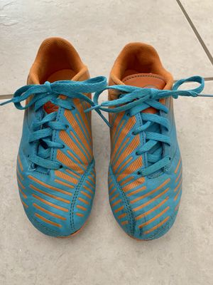 Boys soccer cleats. Size 2.5 for Sale in Palm Shores, FL