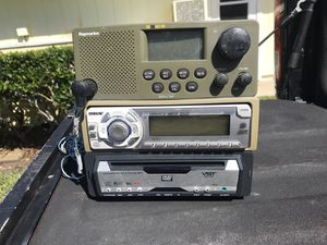 Sony head unit, VST CD player and raymarine VHF for Sale in Palm City, FL