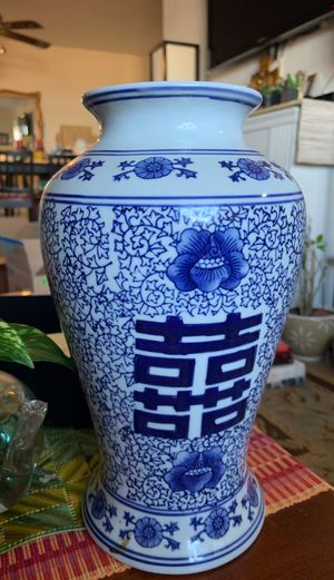 Chinese Blue Ceramic Vase for Sale in Queens, NY