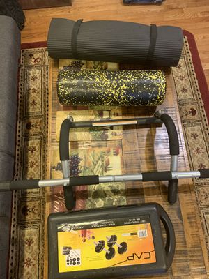 Gym Equipment : Mat, pull-up bar, Foam Roller, weights for Sale in New York, NY