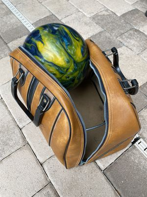 Bowling ball and bag for Sale in FL, US