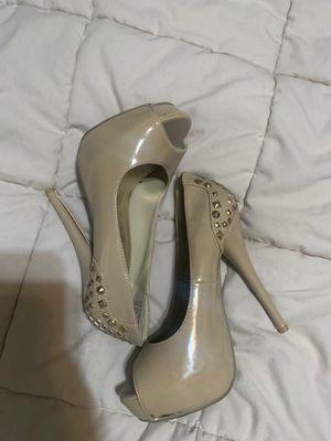 Heels size 5.5 for Sale in Rialto, CA