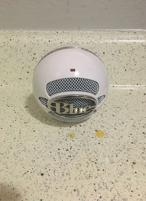 Blue microphone snow ball ice for Sale in Fort Worth, TX