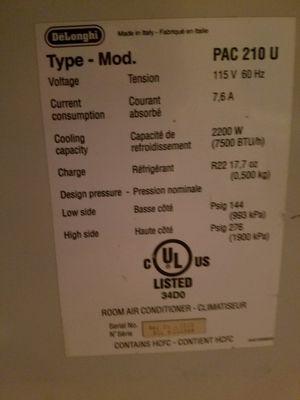 Delonghi airconditioner for Sale in Pawtucket, RI