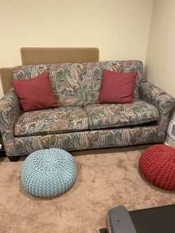 Loveseat/Pull Out Bed for Sale in Plymouth,  MI