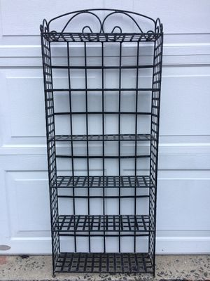 Black Wrought Iron Decorative Metal Shelving Unit. – 6 Shelves for Sale in Yonkers, NY