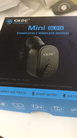 Mini Bluetooth earbud ( 1 pc) for Sale in Jacksonville, FL