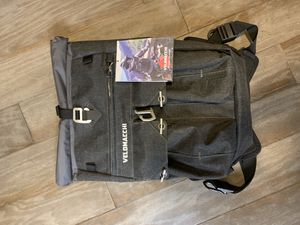 VELOMACCHI 28L waterproof motorcycle backpack for Sale in Lincoln Acres, CA