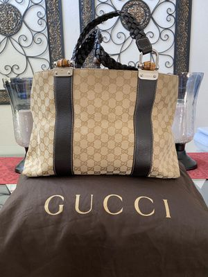 AUTHENTIC GUCCI HANDBAG for Sale in Vacaville, CA