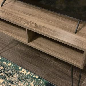 43 Inch Tv Stand for Sale in Grand Prairie, TX