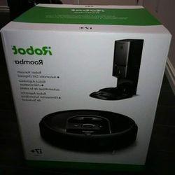 iRobot® Roomba® i7+ (7550) brand new Vacuum Cleaner (BNIB) for Sale in Orlando,  FL