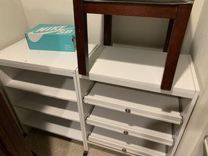 Closet organizer set for Sale in Victorville, CA