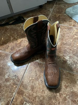 Steel toe work boots for Sale in Reedley, CA