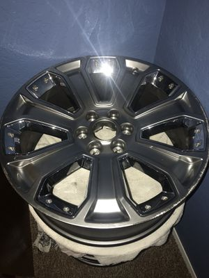 "23 1/2"" - 2 tone Aluminum and Chrome Rims for Sale in Seattle, WA"