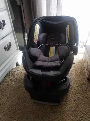 Britax Infant Car Seat/ Base for Sale in Greenbelt, MD