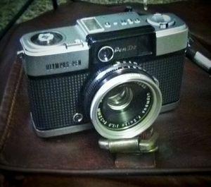 Vintage 1964 Olympus D2 Half frame camera Mint condition! for Sale in Denver, CO