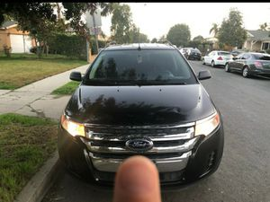 2013 Ford EDGE clean title for Sale in Lynwood, CA