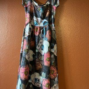 ASOS Maternity Dress - Size 8 - Floral Dress - Wedding Dress - Women's Clothing for Sale in Chandler, AZ